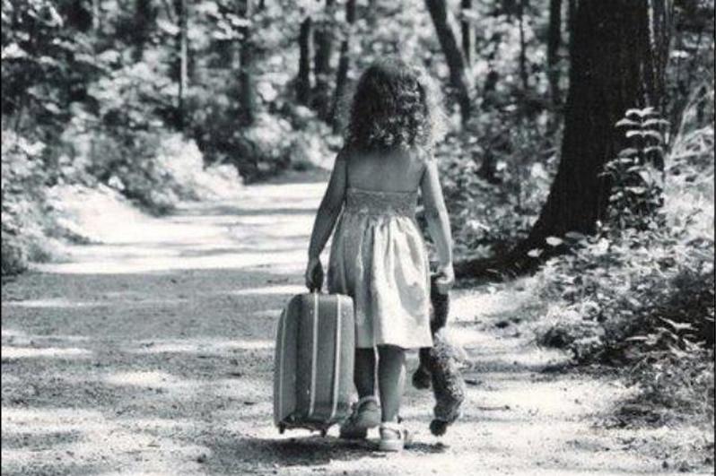COME STA OGGI QUELLA BAMBINA SCALZA <br>    <span>  Ripensando a sette anni di orfanotrofio in Brasile  </span>  <br> 🔊    Puntata 587