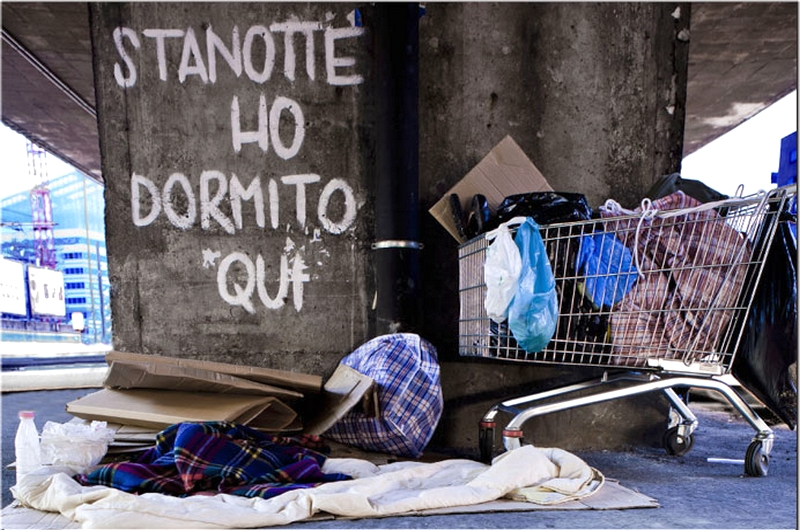COME UNA TENDA IN BALIA DEL VENTO <br>    <span> Essere senzatetto a Bologna </span>  <br> 🔊   Puntata 476