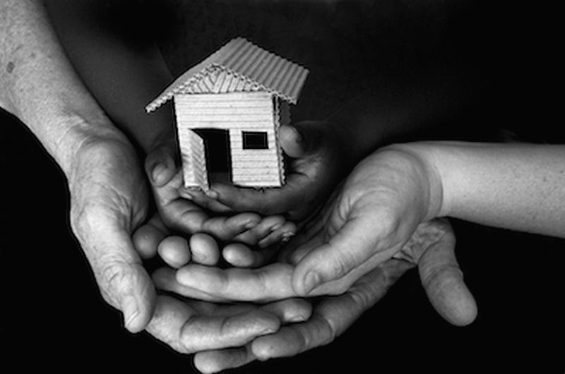 I CINQUE ANNI PASSATI IN MACCHINA NON LI RICORDO PIÙ <br>    <span> Intervista a Mauro, che vive in un appartamento grazie al progetto Housing First </span>  <br> 🔊   Puntata 451