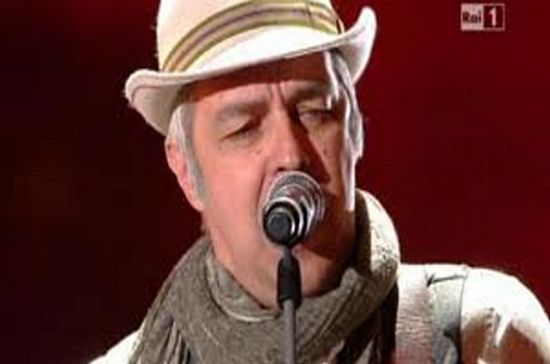 VAN DE SFROOS <br>    <span>  Psicoradio intervista il ''cantautore di contrabbando''  </span>  <br> 🔊    Puntata 226